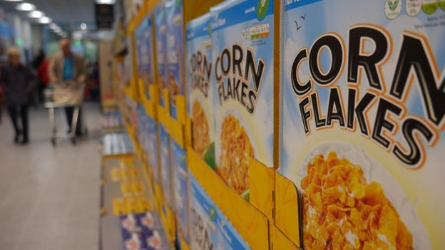 Aldi plans to open a new supermarket each week - BBC News