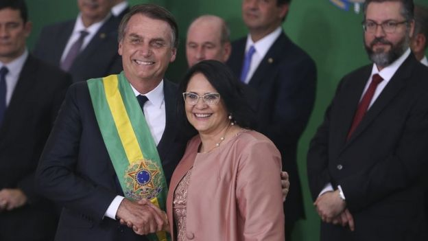 Bolsonaro e Damares Alves