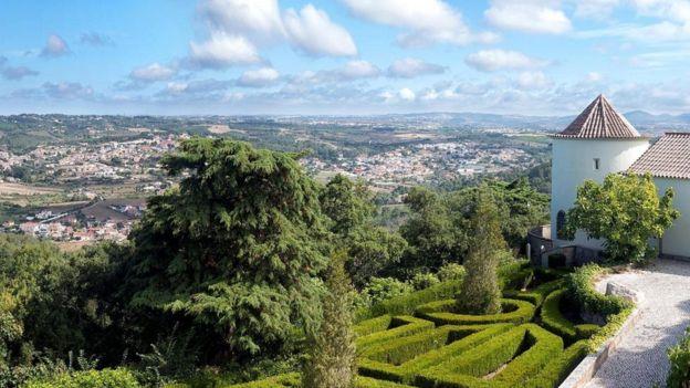 Lizbon yakınlarındaki Sintra kasabasındaki konaklar aristokrasinin bir zamanlar nasıl yaşadığını gösteriyor.