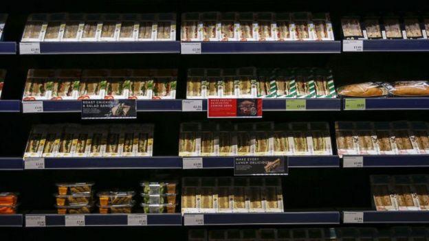 Sándwiches envasados en un mercado de Reino Unido.