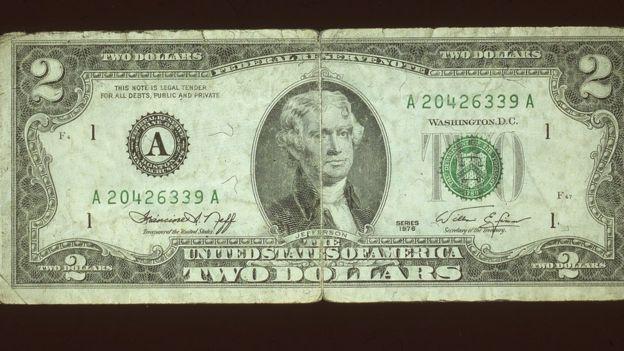 Billete de dos dólares.
