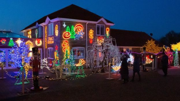 House With Christmas Lights.House With One Million Christmas Lights Raises 50 000 Bbc