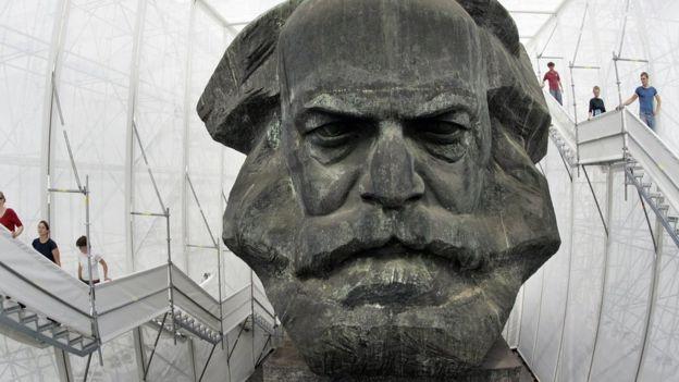 Busto de Marx