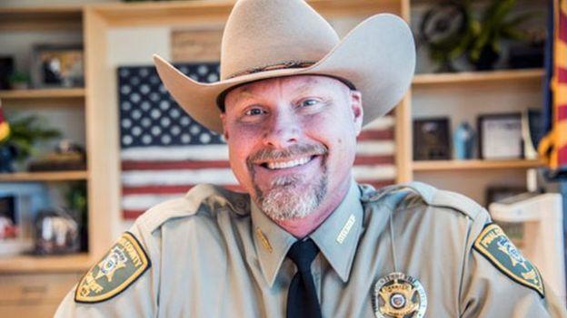 Mark Lamb, chefe da polícia do condado de Pinal, em Arizona, nos Estados Unidos