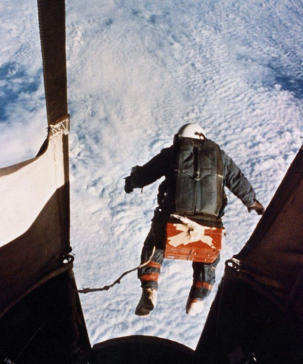 Joseph Kittinger leaps from his hot air balloon in 1960