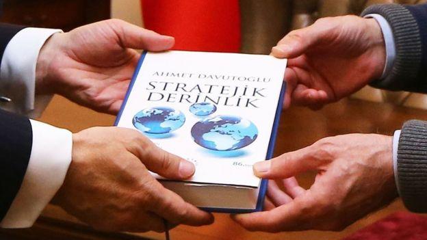 Davutoğlu'nun kitabı