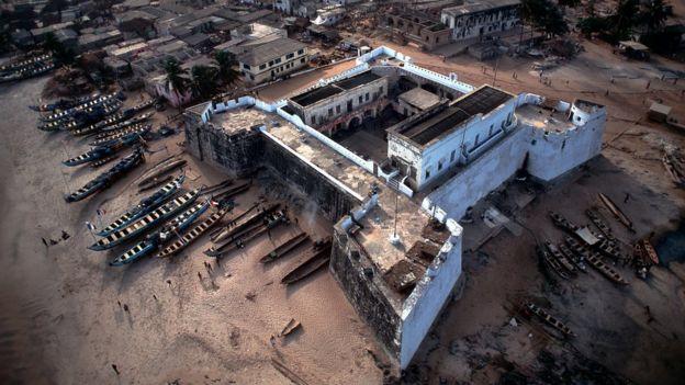 قلعة ويليامز في غانا تضررت كثيرا.