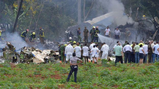 Servicios de emergencia en el lugar del accidente