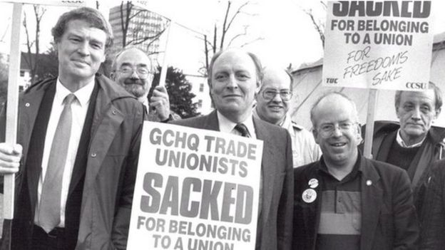 Paddy Ashdown & Neil Kinnock on a GCHQ picket line