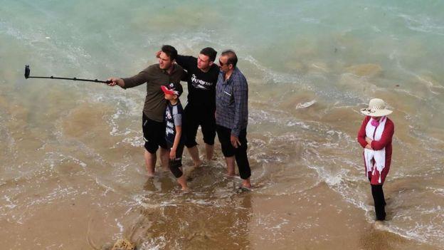 مسئولان به گردشگران نوروزی در بوشهر هشدار دادهاند که مراقب طغیان و سیلابهای ناگهانی باشند