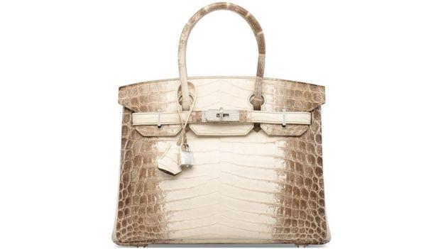 8c8b121d224 Ten-year-old Hermes Birkin handbag sells for £162,500 - BBC News