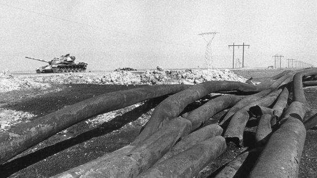 لوله های انتقال نفت در آبادان آغاز جنگ