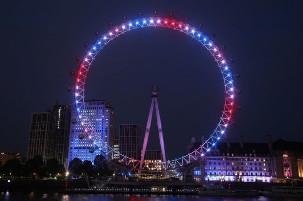 London Eye lit red, white and blue in honour of the birth of a baby boy to the Duke and Duchess of Sussex