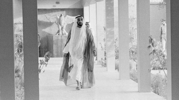 شیخ زاید، نخستین رئیس امارات متحده عربی و از بنیانگذاران این کشور نوپا بود