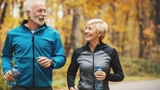 """سالمندی ناگزیر و اجتنابناپذیر است اما با """"روش سالم زندگی"""" میتوان تا حدی جلوی آن را گرفت"""
