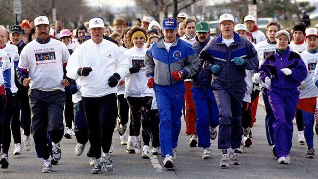 Clinton (segundo desde la izquierda) y Gore (segundo desde la derecha) en 1993.