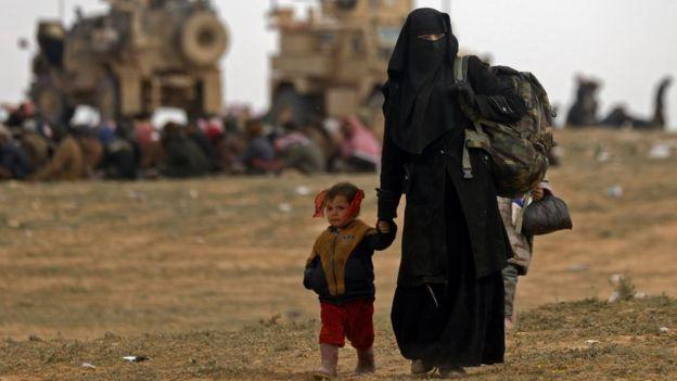 هفتاد هزار زن و کودک مرتبط با پیکارجویان داعش در اسارات نیروهای دموکراتیک سوریه هستند