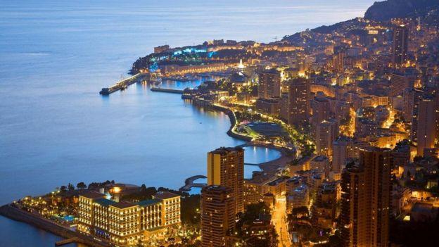 إمارة موناكو تطل على مساحات واسعة من المياه