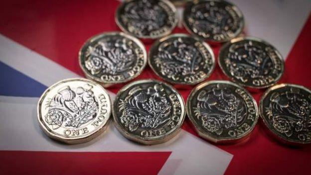 截至发稿,英镑已经跌到了1英镑兑换1.275美元。