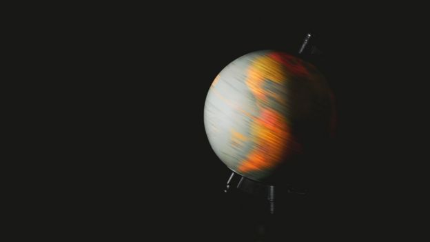 Existe correlação entre aumento de terremotos  e a desaceleração na rotação da Terra