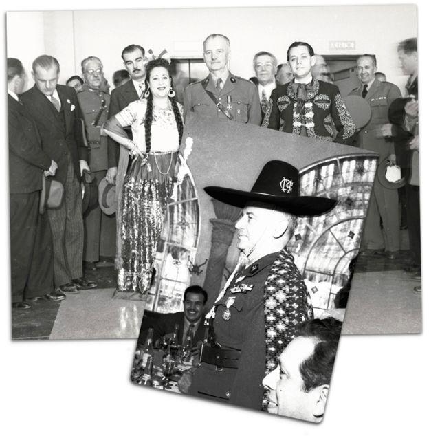 Visita de Sikorski a México