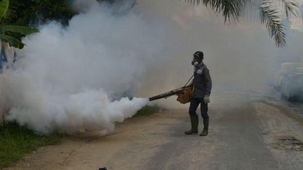 Opération de démoustication en Côte d'Ivoire