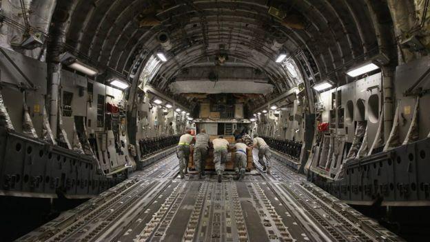 C17 askeri nakliye uçağı
