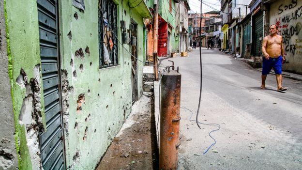 Una calle de uno de los barrios más peligrosos de la ciudad.