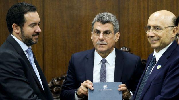Jucá (centro) foi afastado do ministério do Planejamento após vazamento de áudio