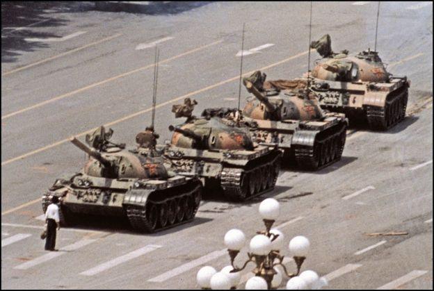 Người biểu tình vô danh - Tank Man tại Thiên An Môn năm 1989
