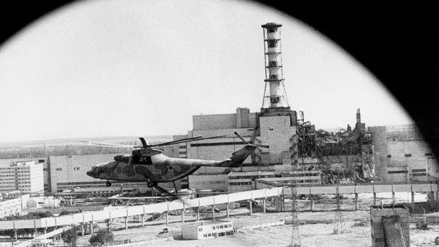 Imagem de Chernobyl em 1990 feita a partir de um helicóptero