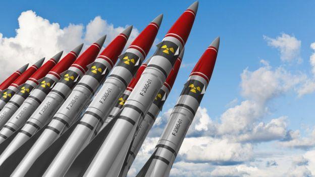 cómo funciona un misil nuclear