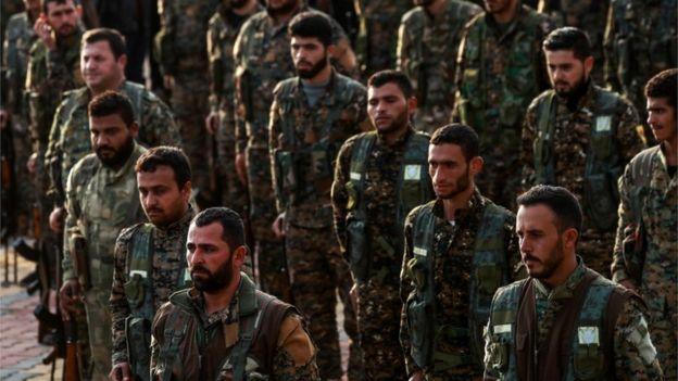 التايمز: الأكراد يلجأون للأسد وسط مخاوف من غزو تركي