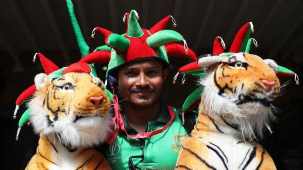 8 ரன்கள் எடுத்தது வங்கதேசம்; அரை இறுதி வாய்ப்பை இழந்தது பாகிஸ்தான்