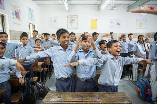 """""""यो केवल मेरो मात्रै जित होइन। राम्रो शिक्षा र स्वस्थ्य उपाचार पाइरहेका बालबालिकाका परिवारको जित हो"""" अरविन्द केजरीवालले भने।"""