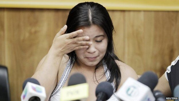 Carmen Guadalupe Vasquez pauses during a news conference, after being released from prison in San Salvador, on 19 February, 2015