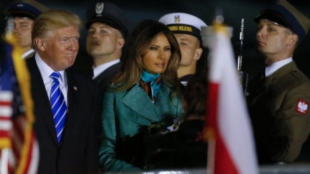 Ông Trump và bà Melania đã đến Warsaw hôm thứ Tư.