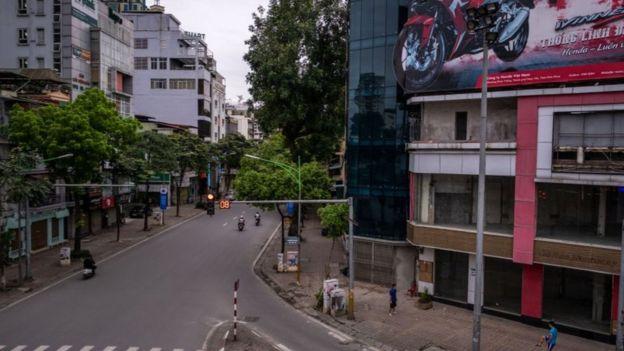 Việt Nam nói có thể phải chấp nhận thiệt hại về kinh tế để bảo vệ tính mạng, sức khỏe của người dân