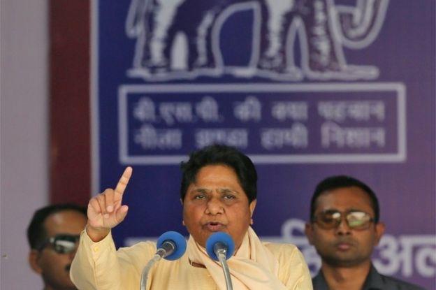 O líder do partido regional BSP, Mayawati, discursa em um evento de campanha eleitoral, em Nova Deli, Índia, em 10 de maio de 2019