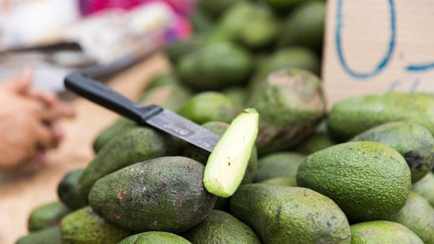 Aguacates peruanos en un mercado