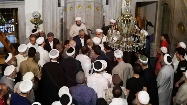 Binali Yıldırım İsmailağa Camii'ni ziyaret etti (Fotoğraf, İsmailağa Cemaati'nin Twitter hesabında yayımlandı)