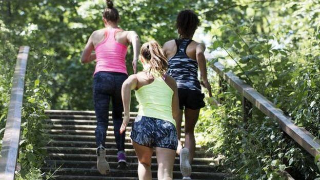 Yeni anne olmuş kadınlar için egzersizler daha ağır