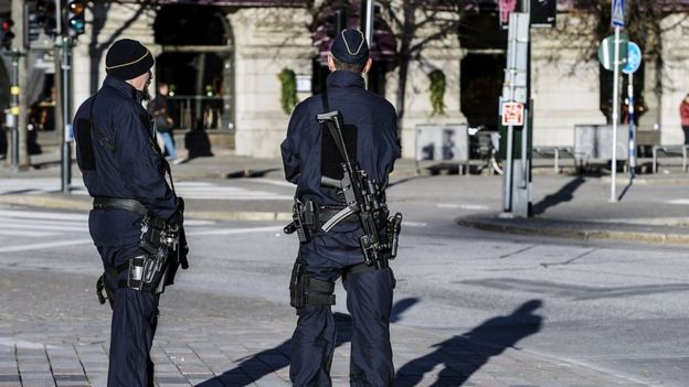 Policiais em Estocolmo
