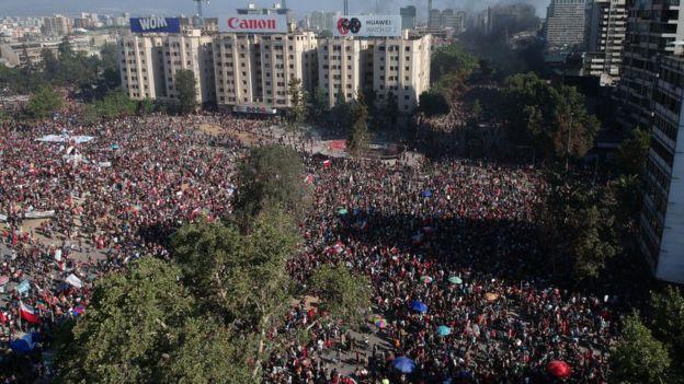 La participación en las manifestaciones convocadas durante la huelga general fue multitudinaria.