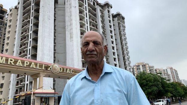 ய்வுபெற்ற கர்னல் ஜே.பி. ஷர்மா
