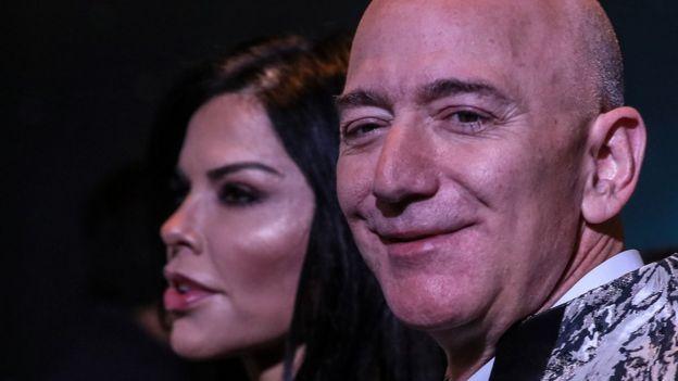 Jeff Bezos e Lauren Sanchez