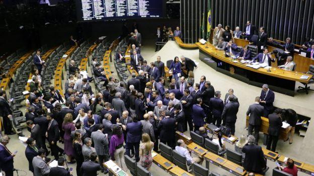 Plenário da Câmara durante votação