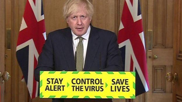 Başbakan Johnson danışmanını korudu ama tepkiler yatışmadı