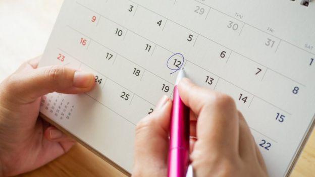Marcando el calendario.