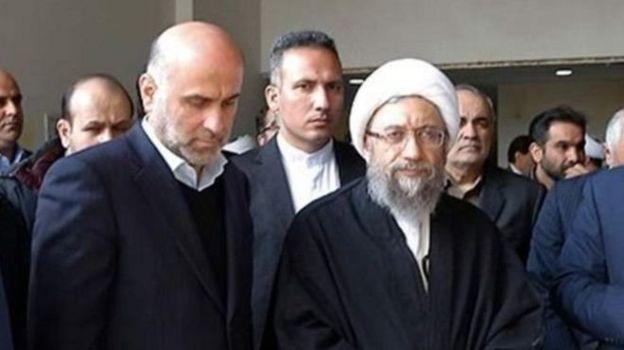 آقای طبری بعد از کنار رفتن صادق لاریجانی از قوه قضائیه برکنار و زندانی شد